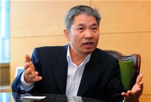 [펀드CEO와 티타임]강방천 에셋플러스자산운용 회장