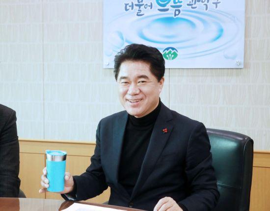 [이 사람]박준희 관악구청장, 플라스틱 프리 챌린지 캠페인 참여