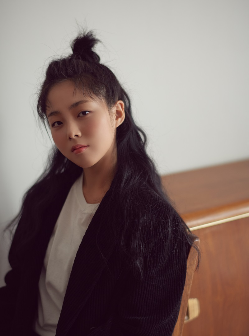 '돌고래 화통 소녀' HYNN. 프로야구 한화이글스 홈 개막전서 애국가 제창