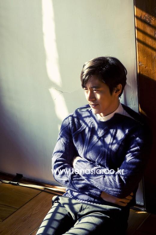 영화 '상의원'에서 공진 역을 맡은 고수.