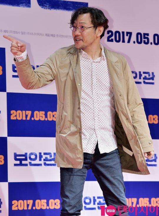[TEN PHOTO]정진영 '영화 보안관 응원왔어요'