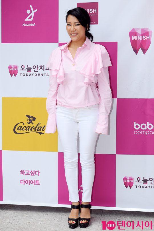 [TEN PHOTO] 박윤희 '화사한 패션'