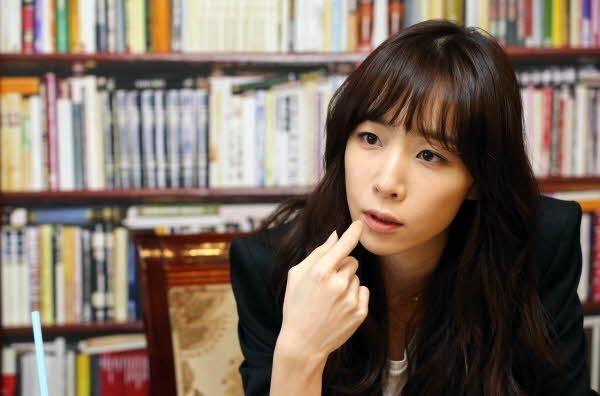 [인터뷰] 작사가 김이나 '나의 노래는'