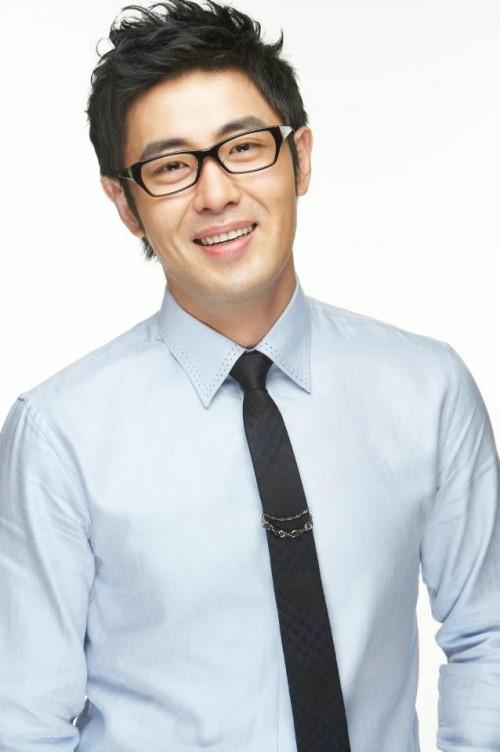 """차현우, 父 김용건-兄 하정우와 다른 성… """"의도적 아냐"""""""