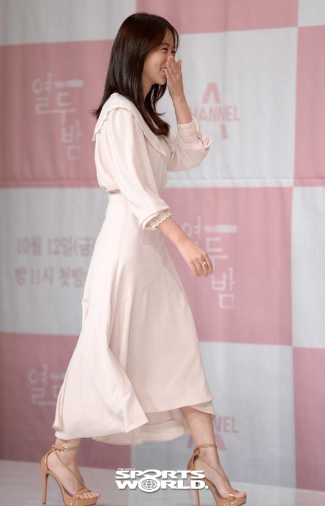 [SW포토] 배우 한승연, 밝은 웃음과 함께 입장