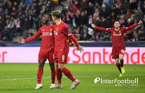 [UCL 현장리뷰] '이변 없었다' 리버풀, 잘츠부르크 2-0 꺾고 16강 진출...황희찬 풀타임
