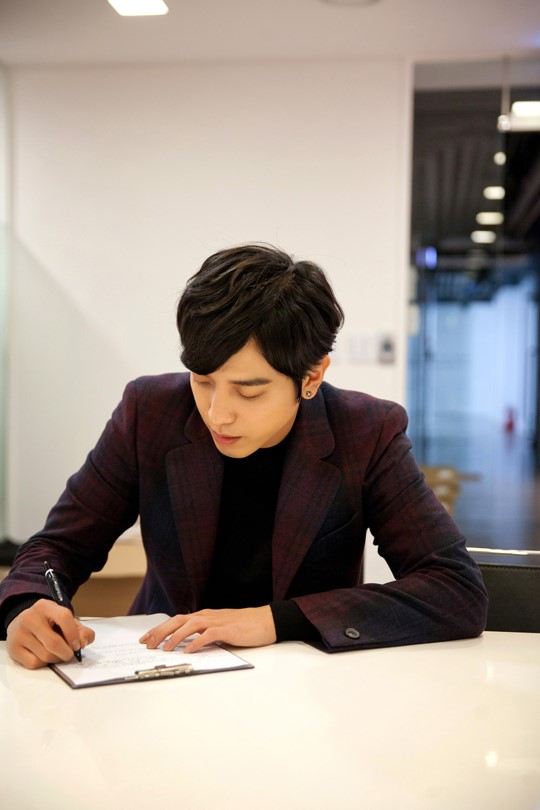 [Dossier] Yonghwa / Park Seju @ Marry Him If You Dare (Future's Choice) - Page 3 104447788_%25C1%25A4%25BF%25EB%25C8%25AD