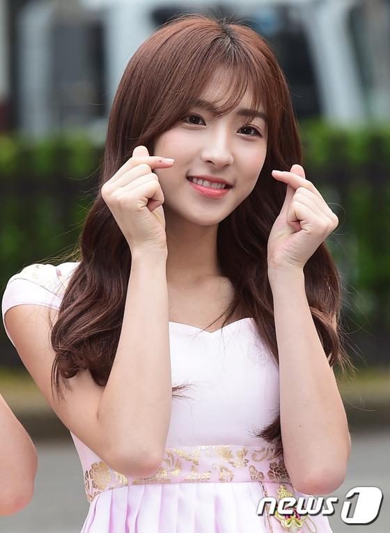 우주소녀 은서, '미모가 핑크 핑크~'