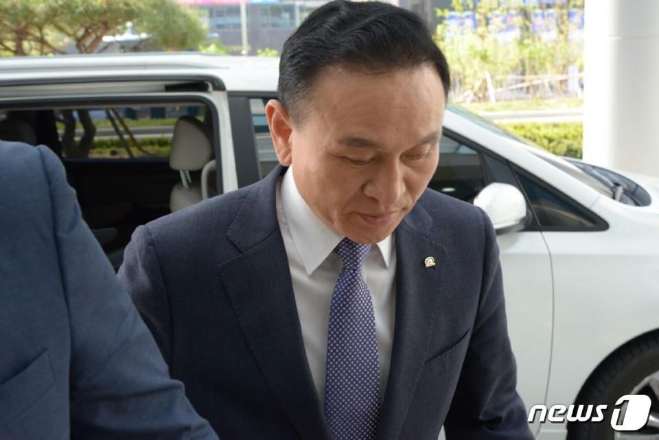 검찰, 구본영 천안시장 피의자 신분 소환…기소 임박?