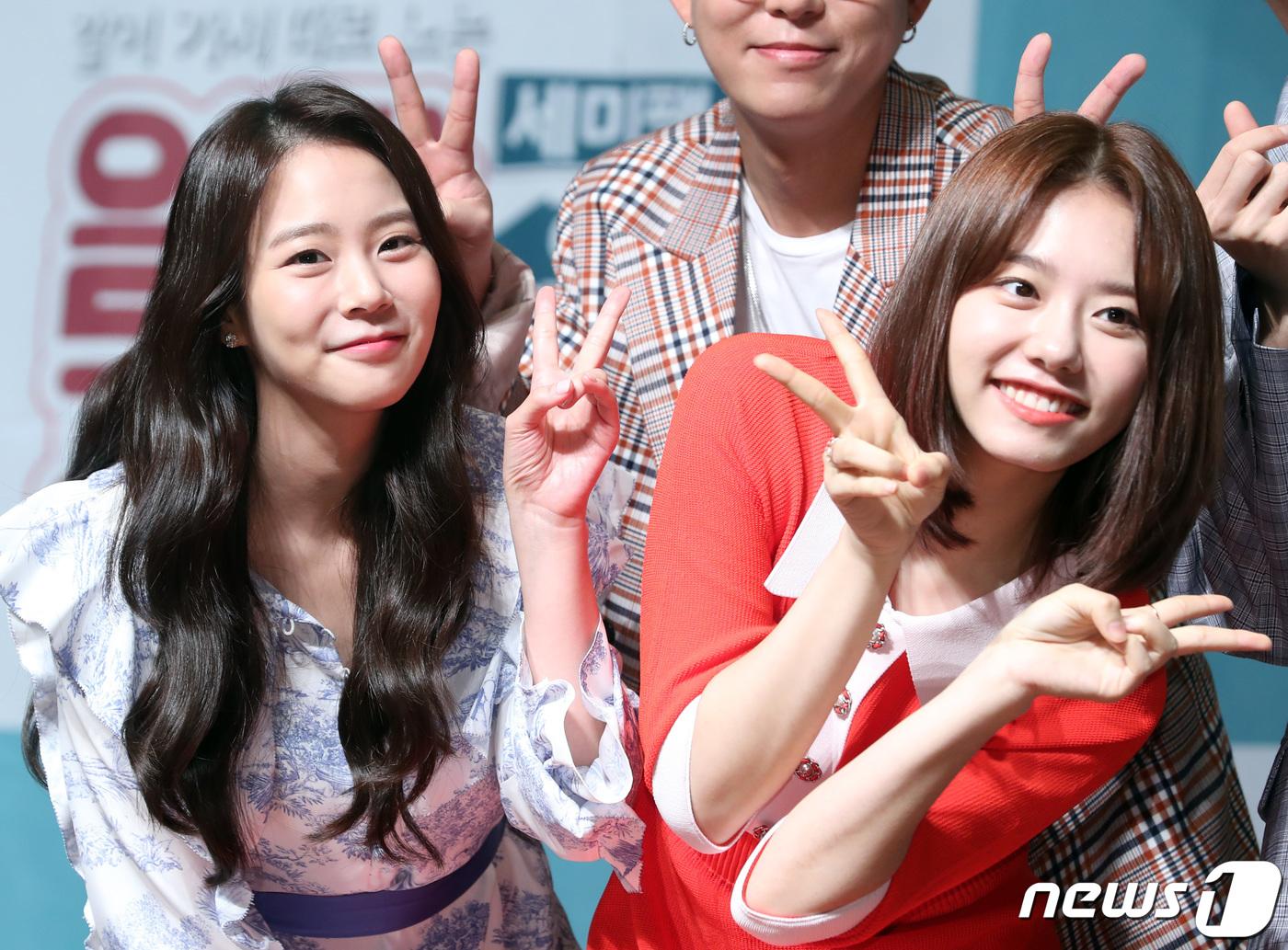 한승연-김소혜, 사랑스러운 선후배