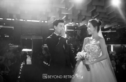 일라이♥지연수 본식 사진 공개…행복한 눈맞춤