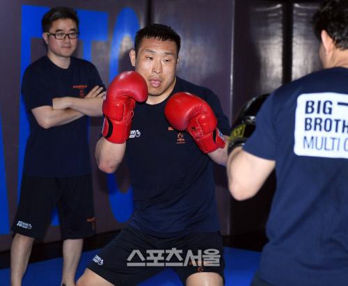 [단독]MMA팬더 김재영, 유럽대회 ACB에서 슬로바키아 강자 캠벨에 TKO 승