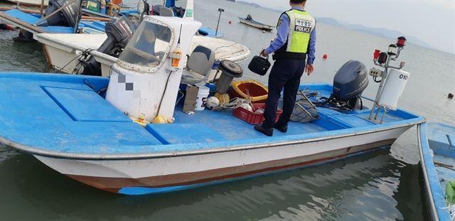 신안 압해도 해상 소형선박 2척 충돌 '2명 사망'