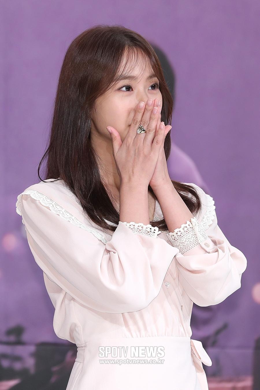 [포토S] 한승연, '쑥스러워하는 모습도 예뻐'
