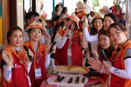 SK하이닉스, 캄보디아 소외계층 대상 봉사활동