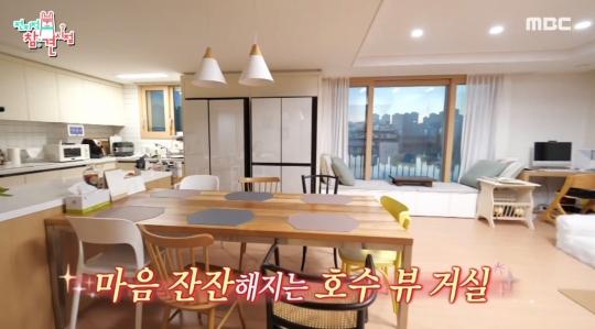 """문소리 나이, 집 위치와 주거형태… """"볼일 봐도 되나"""" 예능 초보"""