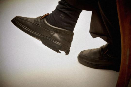 """박원순 신발, 뒷굽 너덜너덜 """"어떤 의미일까"""" 사진 한장에 발로 뛰는 정치?"""
