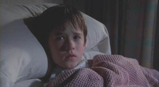 식스센스 꼬마, 할리 조엘 오스먼트 '충격 근황' 귀여운 모습 어디로?