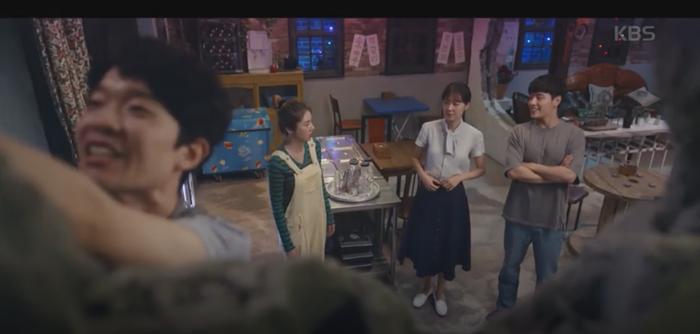'동백꽃 필 무렵' 까불이 정체,  흥식이X아빠가 공범일까? '충격'