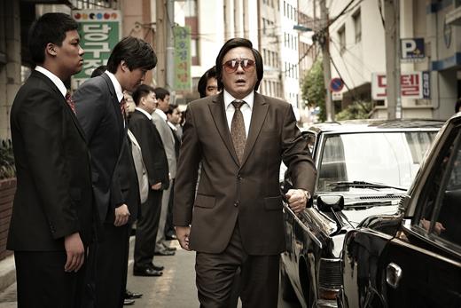 [리뷰] <범죄와의 전쟁: 나쁜 놈들 전성시대> 한국형 명품 갱스터 무비