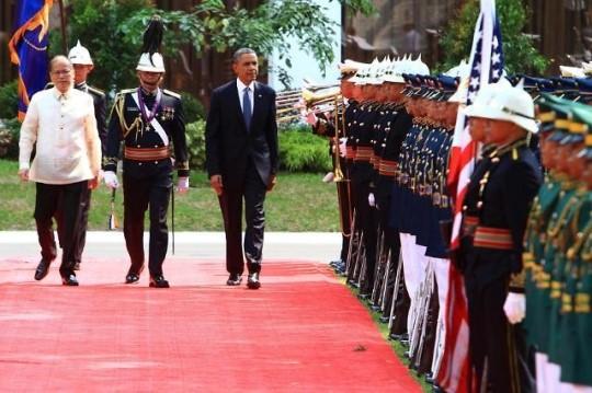 미국-필리핀 군사협정 체결, 중국 견제위해 필리핀에 복귀