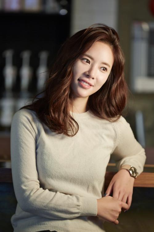 [인터뷰] 단물 빼고 단단해진 배우, 황정음