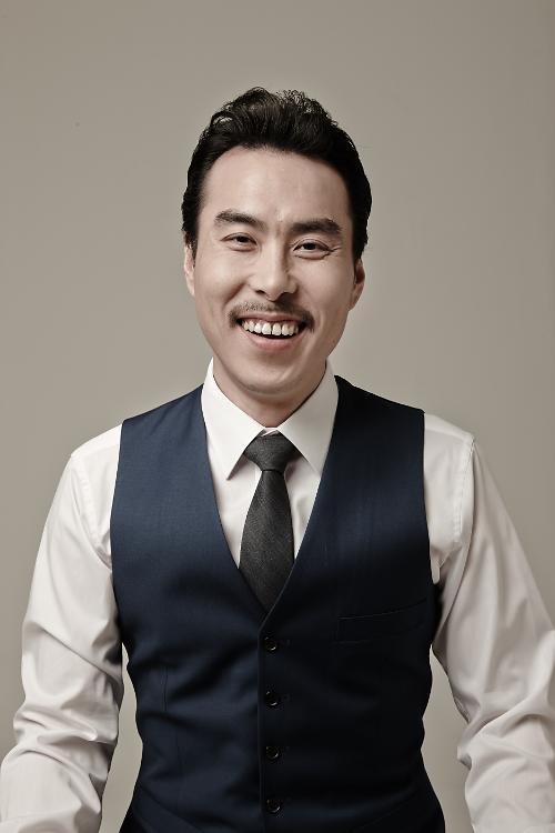 배우 민무제, 매니지먼트 이상과 전속계약
