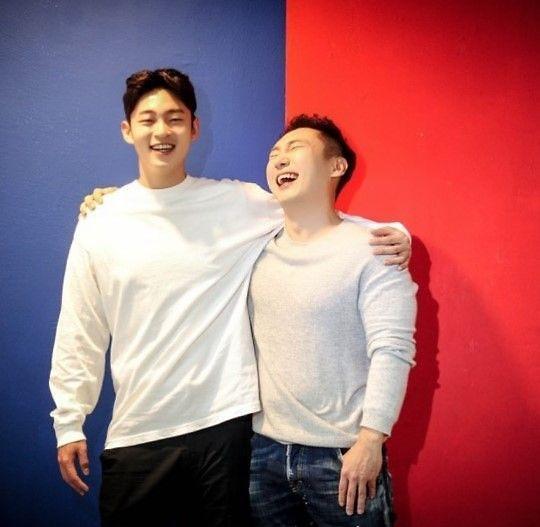이승윤, 훈남 매니저와 찍은 다정한 한 컷 공개
