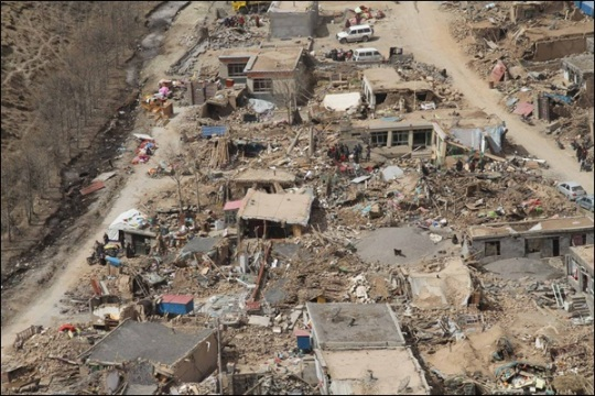 中 지진 사망자 계속 늘어…파푸아·과테말라도 지진