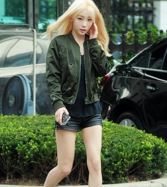 '뮤직뱅크' 태연 '뮤직뱅크' 출근길 '엘프녀가 나타났다'...'눈부신 금발&새하얀 피부''