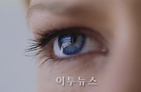 [헬스] 아름다운 눈 만들기, 성형 앞두고 참고할 점
