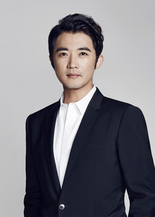 """안재욱·최현주 """"결혼 할 나이에 연애소식…주변의 관심 커 서둘러 준비"""""""