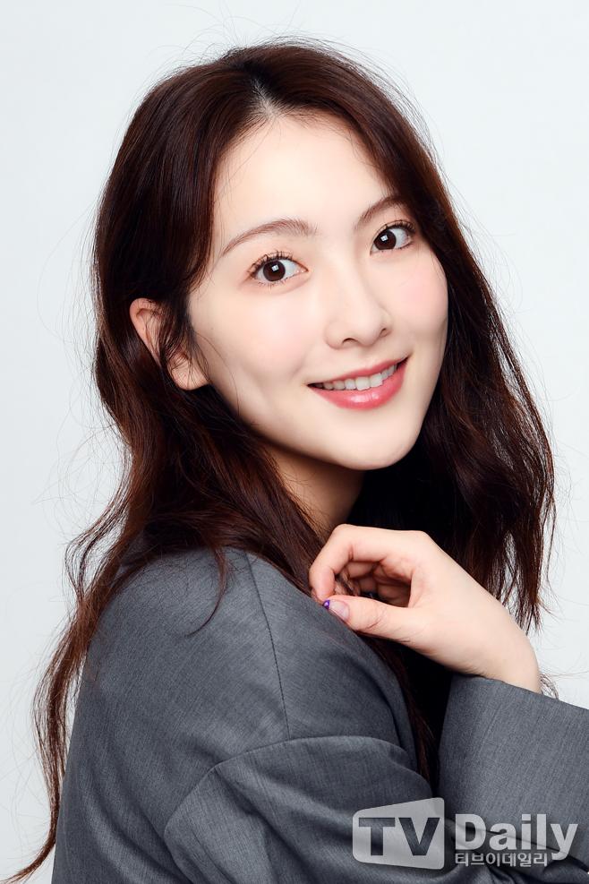 [TD인터뷰] 강지영 '수식어가 필요없는 절세미모'