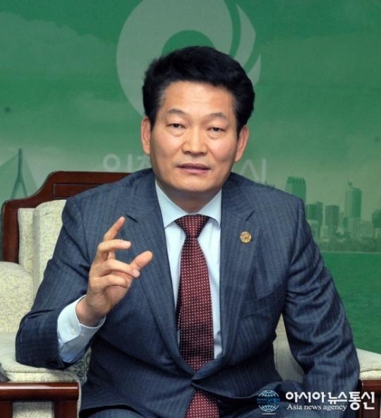 송영길 인천시장, '지에스인스트루먼트' 산업현장 탐방
