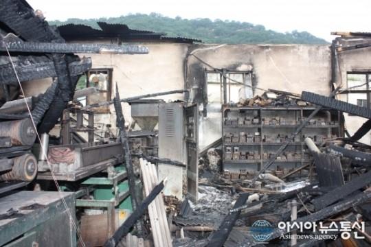 남동구 간석동 모플라스틱 공장 화재현장 모습