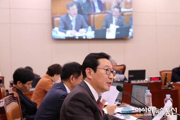 김한정, 여자컬링대표팀 지도자에 대한 부당한 징계 철회 요구