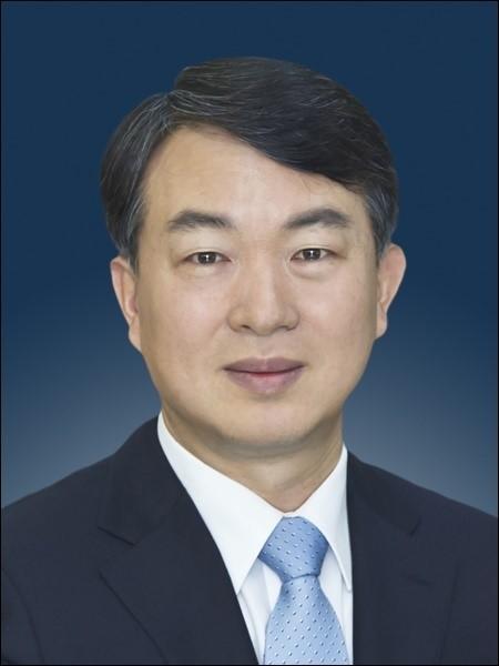 """강신명 경찰청장 내정자 """"조직 개편해 국민 신뢰 회복할 것"""""""