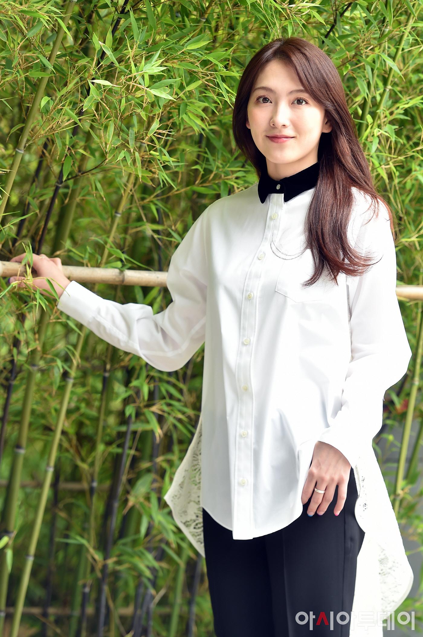 [포토] 인터뷰 갖는 강지영