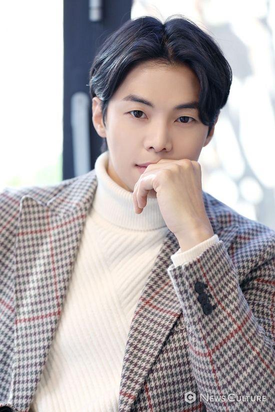 [NC포토] 박은석, 빠져들 수밖에 없는 눈빛