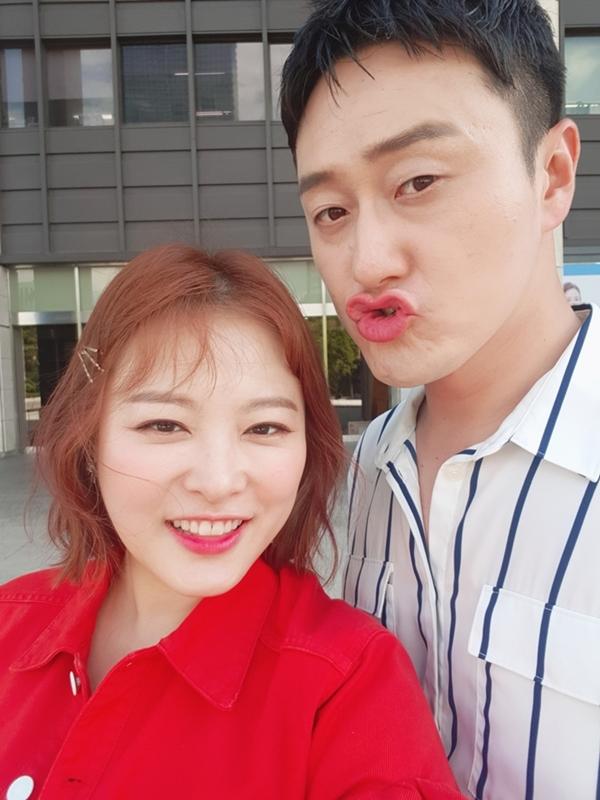 김원효, '연예가중계'서 아내 바보 면모…연예계 대표 워너비 부부 등극