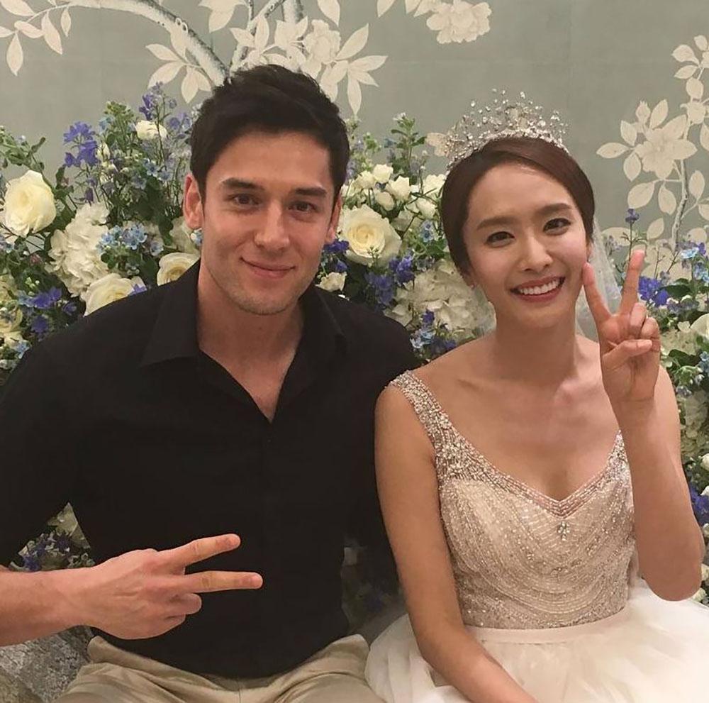 박정아, 과거 결혼식에서 줄리엔강과 함께…'박정아 남편은?'