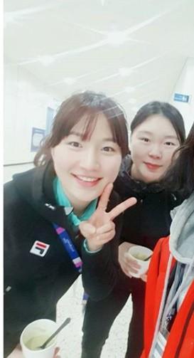 노선영, 박승희와 상큼 투샷…'빙판 요정들'