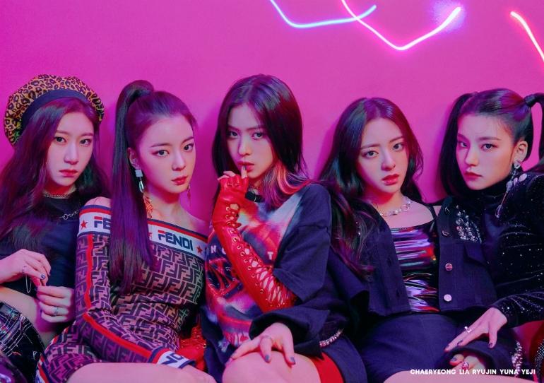 JYP 신인 걸그룹 있지(ITZY), 단체 티저 공개... 12일 정식 데뷔