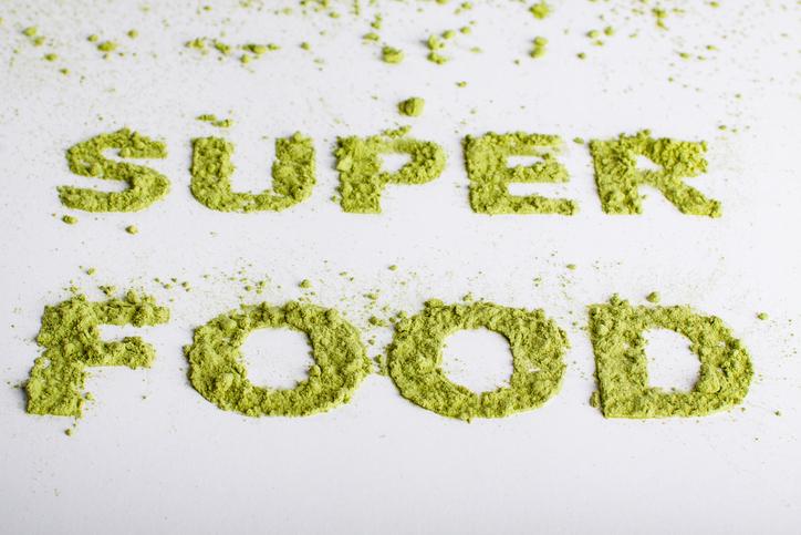 새싹보리분말 만드는 과정 보면 왜 슈퍼푸드인지 알 수 있다?..새싹보리분말 맛과 먹는 법까지!