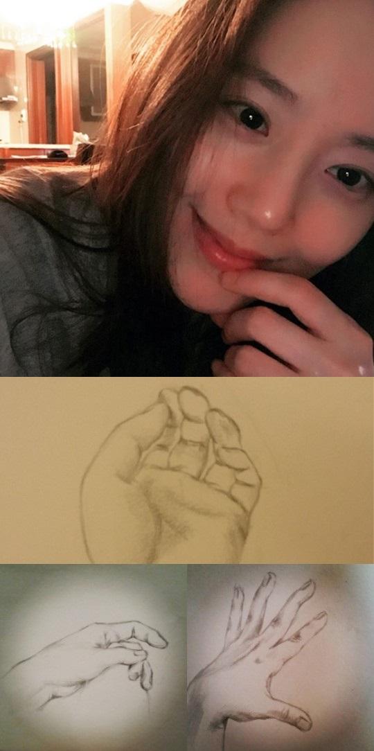 문채원, 나이 올해 34살..'실제 그림 실력 살펴보니'