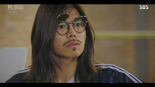 펜트하우스 체육선생님 '구호동'...파격 비주얼 '박은석'은 누구?