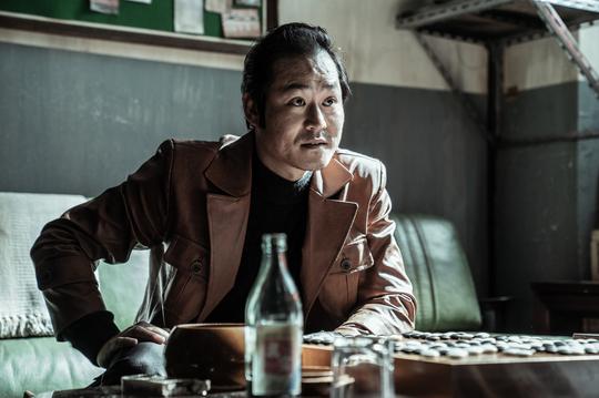 '귀수' 김성균, 백윤식 설경구 유해진 스승 계보 잇나