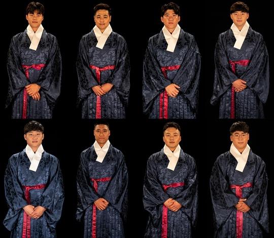 """'씨름의 희열', 선수 16人 한복 프로필 공개 """"태극장사는 나야 나"""""""