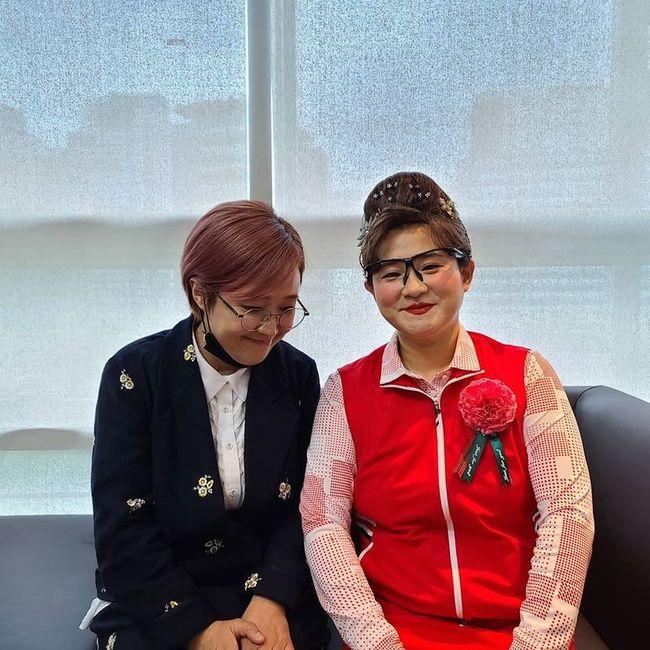 """송은이, 김신영 부캐 둘째이모 김다비 응원 """"잘 부탁드려요""""[SNS★컷]"""