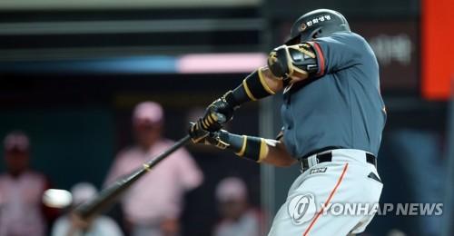 `3연전 8홈런` 로사리오, 시리즈 아닌 연속 3경기서도 홈런 최다